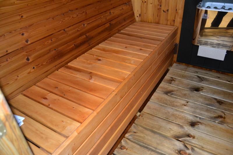 sitzb nke aus schwarzerle badetonnen und saunen aus holz. Black Bedroom Furniture Sets. Home Design Ideas