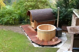 sauna und badefass 001 badetonnen und saunen aus holz. Black Bedroom Furniture Sets. Home Design Ideas
