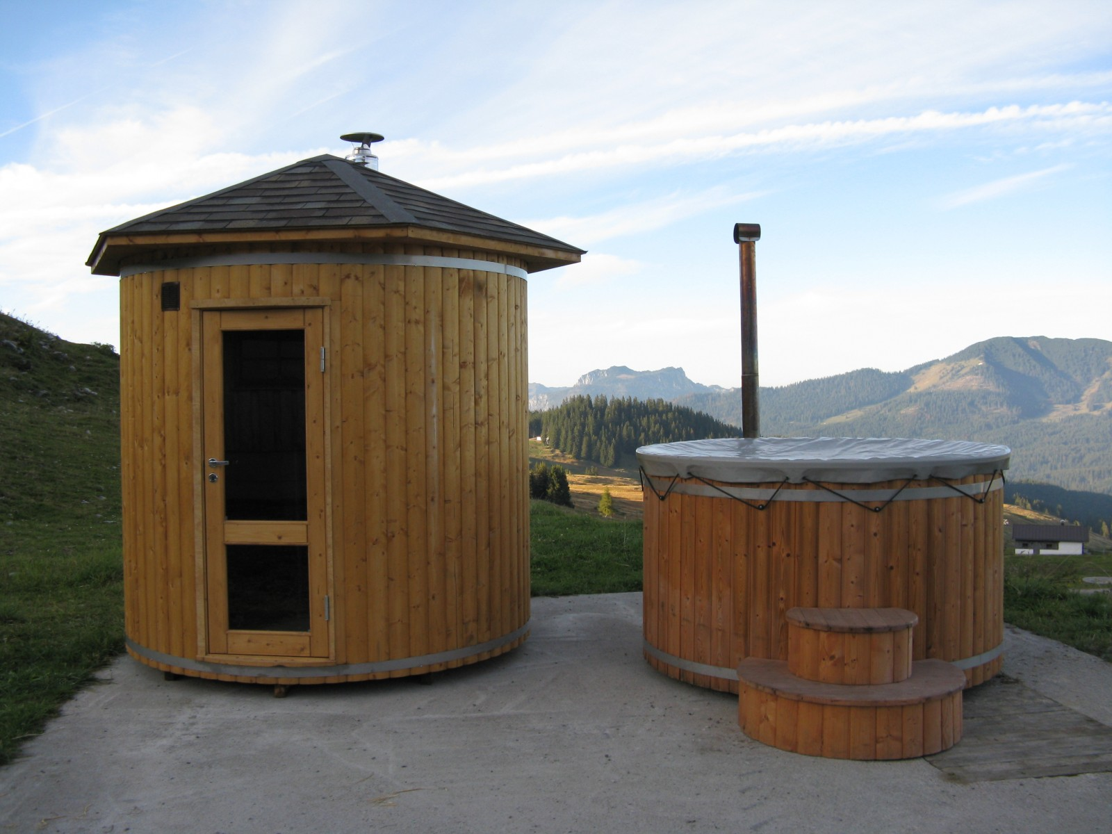 Barrel Saunas Wood Fired Hot Tubs Badetonnen Und