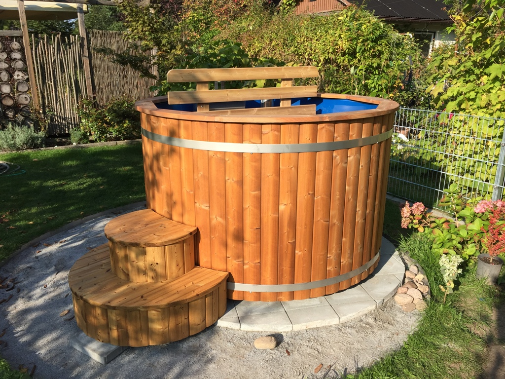 barrel p hot tubs tub larch spruce