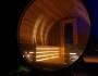Tonnensauna mit Glaswand und Terrasse00009