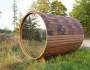 Tonnensauna mit Glaswand und Terrasse00017